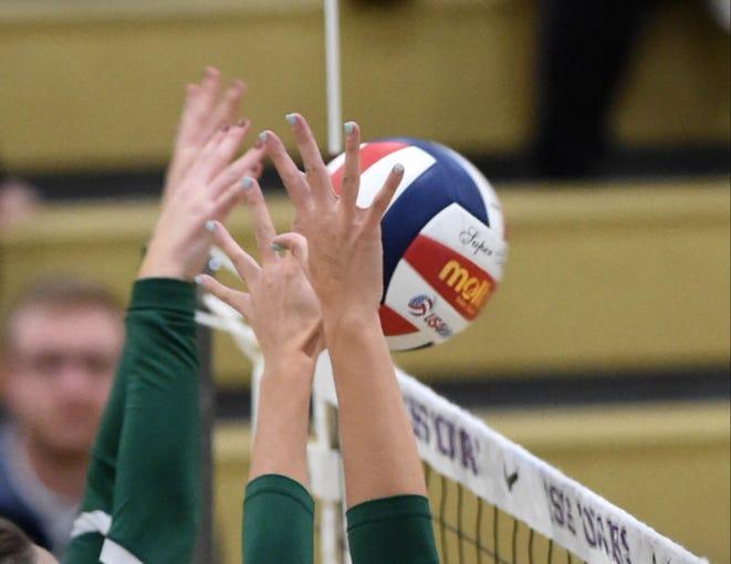Photos: Volleyball Regional Semifinals