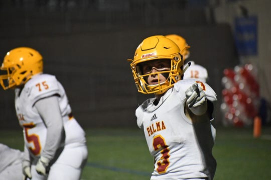 Wide receiver Marco Pezzini (3) had a standout performance against Aptos in the regular season win Oct. 27. He and the Palma offense will need another explosive performance to win their playoff rematch against the Mariners.