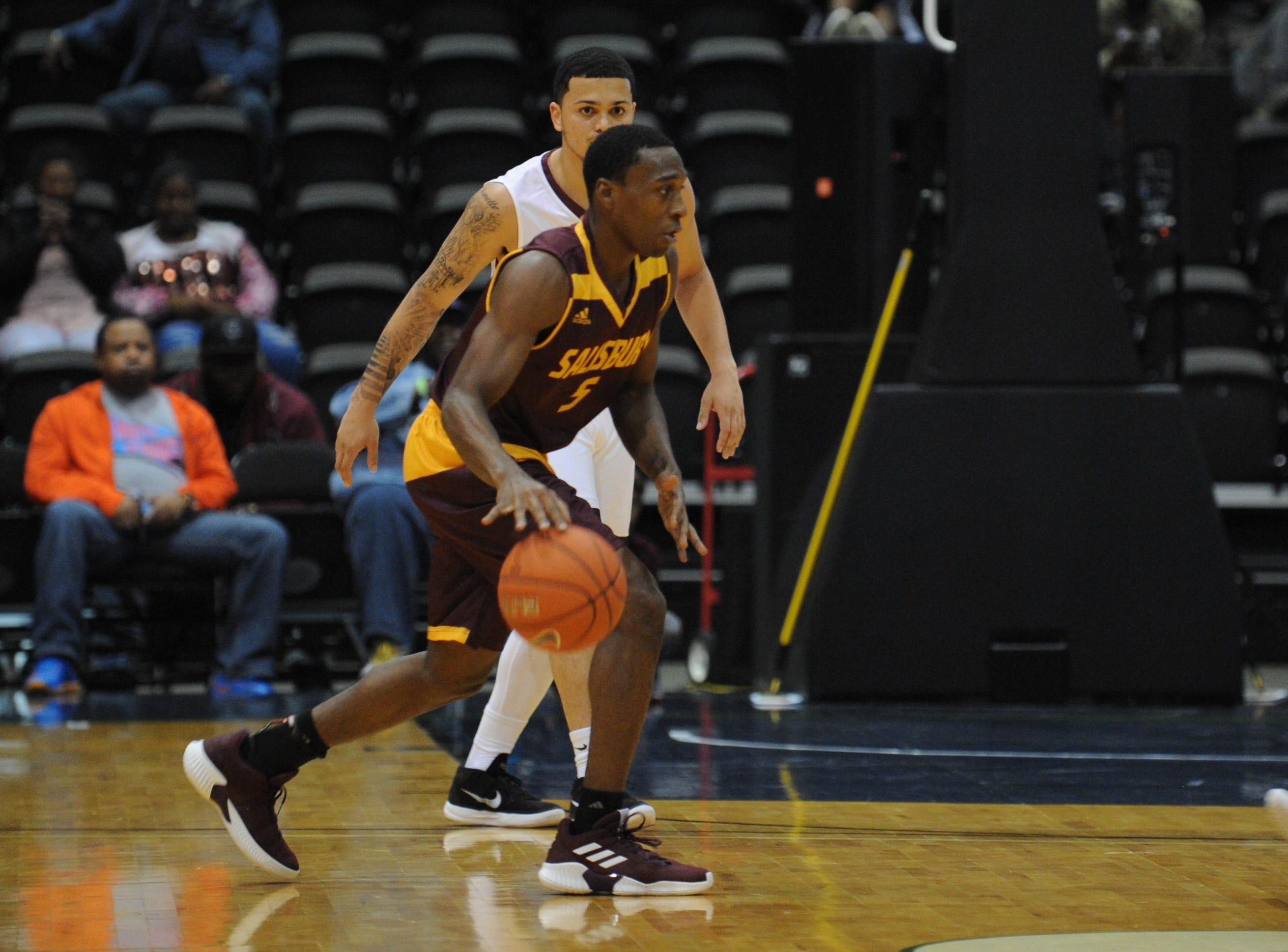 Salisbury University guard Gary Briddell takes the ball down court against the University of Maryland Eastern Shore during the 10-Mile Tipoff on Thursday, Nov. 1, 2018. The Sea Gulls won, 67-60.
