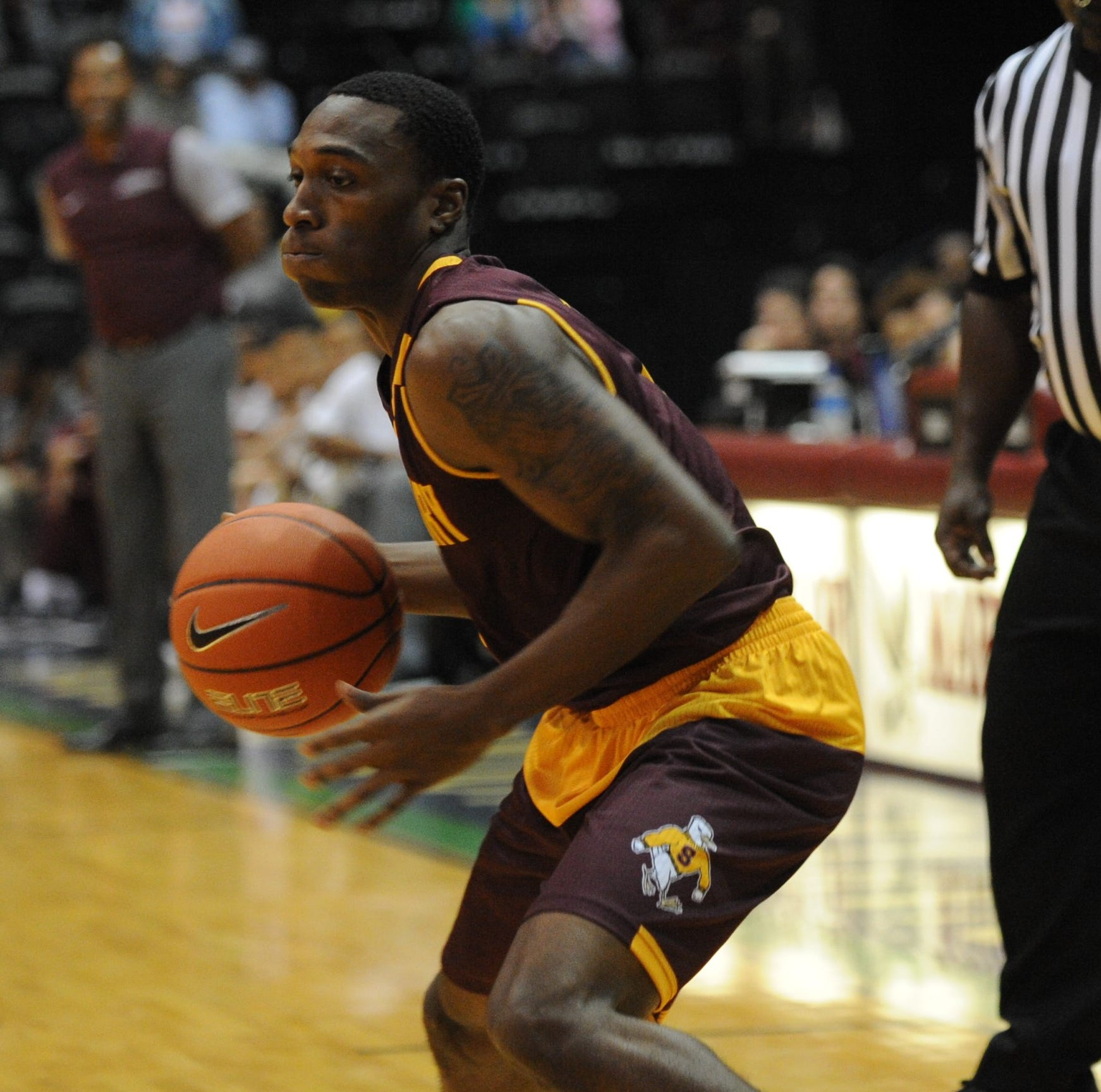 Decatur grad Gary Briddell helps Salisbury University men's hoops to best start in history
