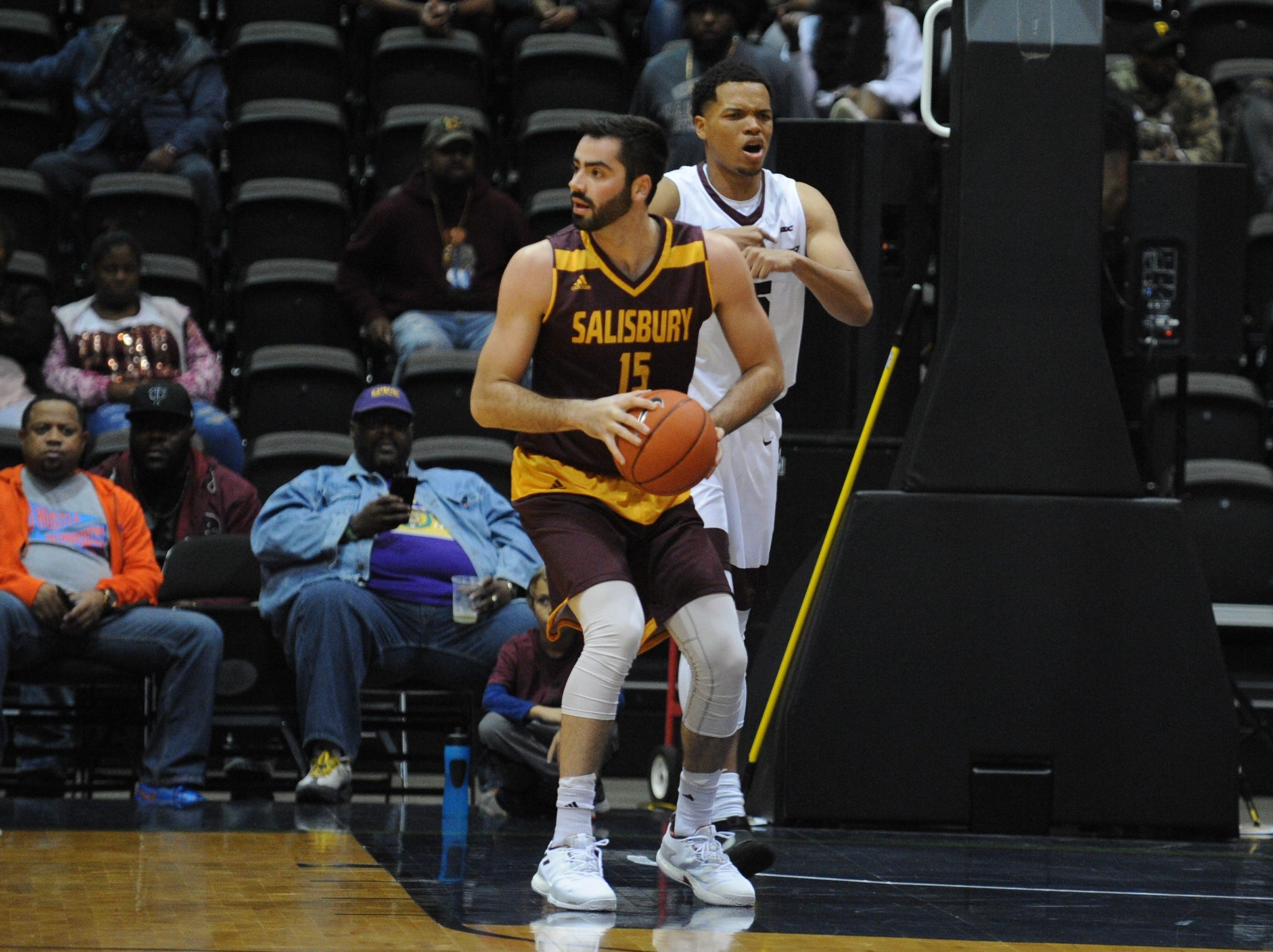 Salisbury University forward James Foley looks to his right against the University of Maryland Eastern Shore during the 10-Mile Tipoff on Thursday, Nov. 1, 2018. The Sea Gulls won, 67-60.