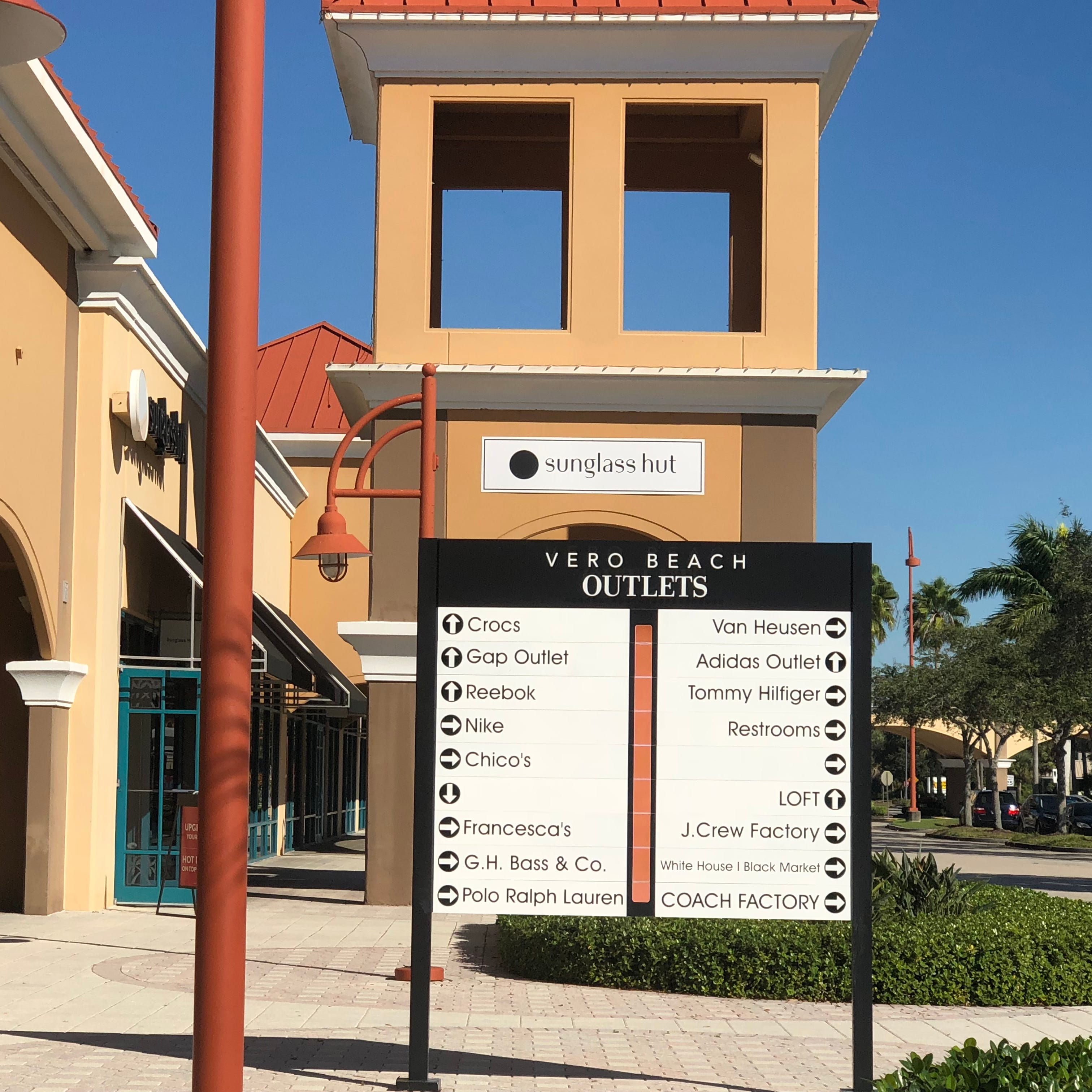 Design Within Reach now open at Vero Beach Outlets