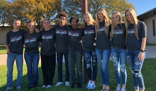 Seymour's state-bound cross-country teams have four sets of siblings. They are (from left to right) David, Mckayla and Mckinzi Donnell, Jordan and Devan Dixon, Addison and Tess Decker plus Kennedy and Channing Stroebel.