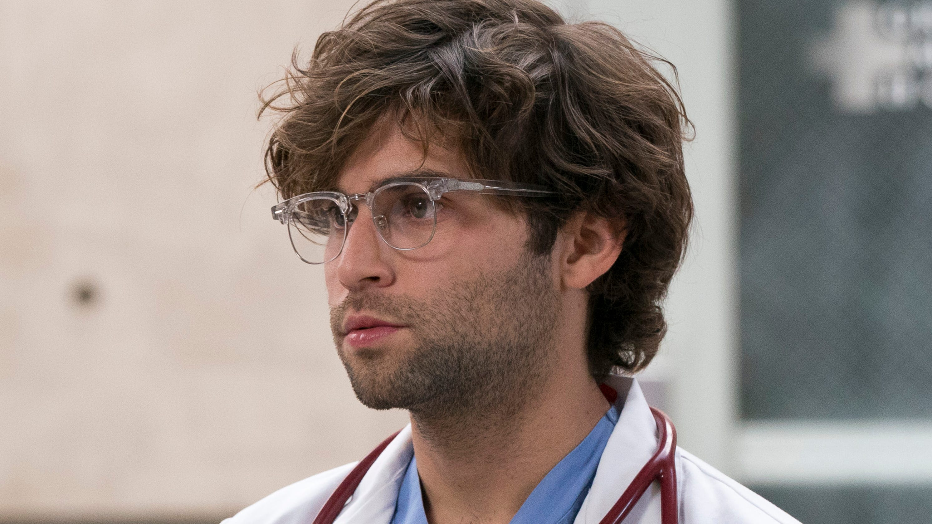 Greys Anatomy Star Jake Borelli Comes Out As Gay