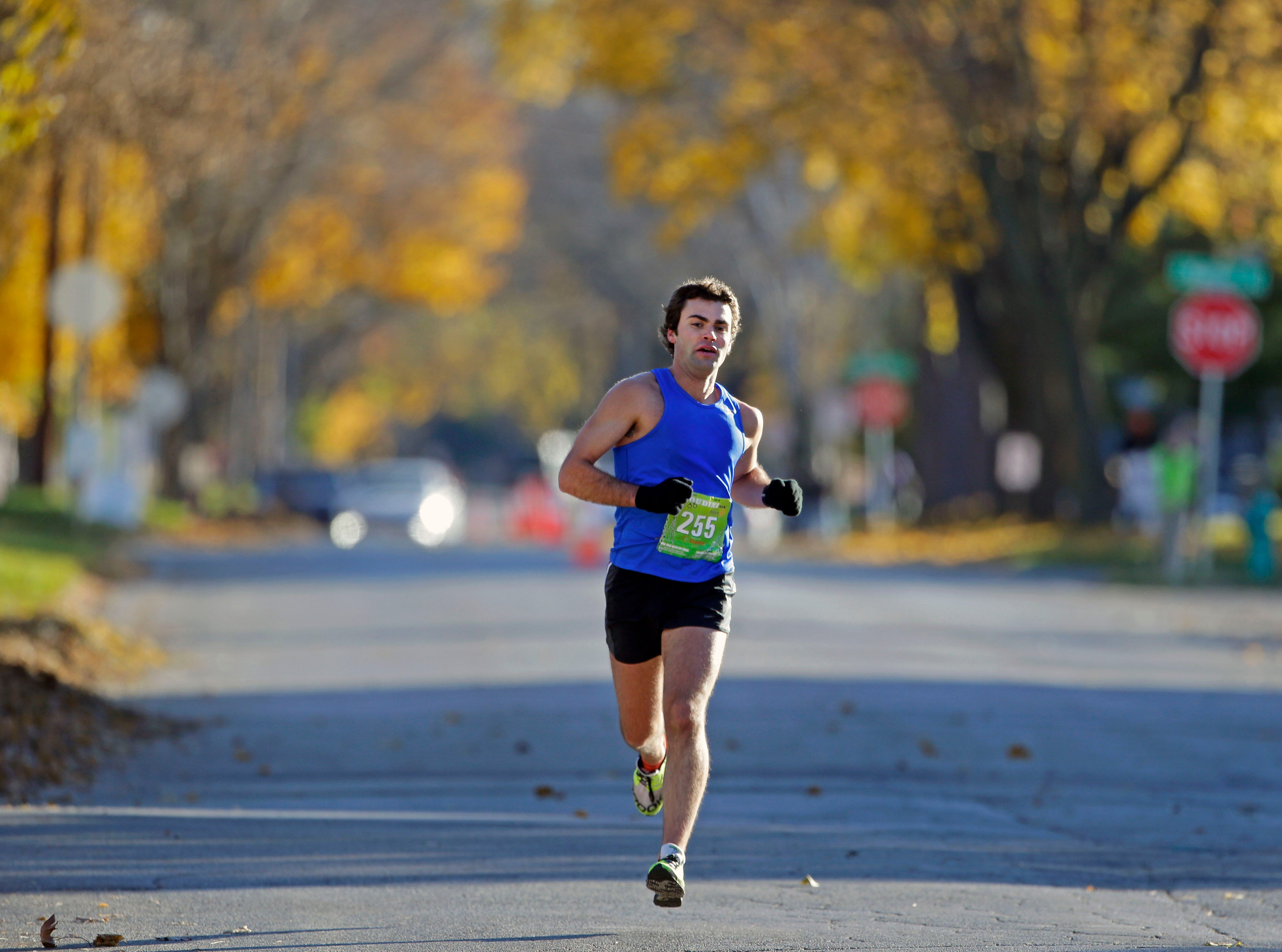 Mike Foust wins the 4th annual Appleton Houdini 10K Saturday, November 3, 2018, in Appleton, Wis.Ron Page/USA TODAY NETWORK-Wisconsin