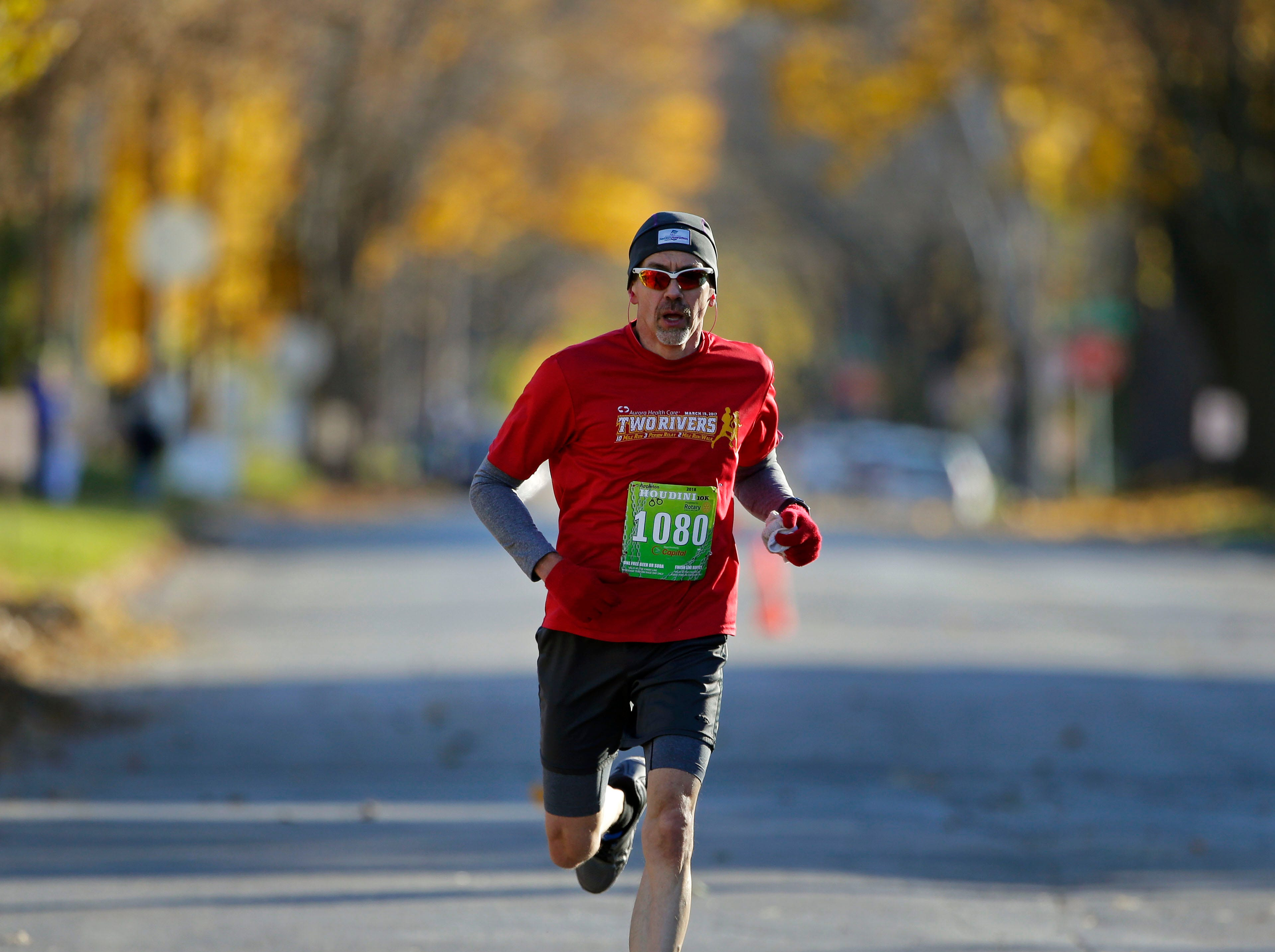 Paul Schaef nears the finish as the 4th annual Appleton Houdini 10K takes place Saturday, November 3, 2018, in Appleton, Wis.Ron Page/USA TODAY NETWORK-Wisconsin