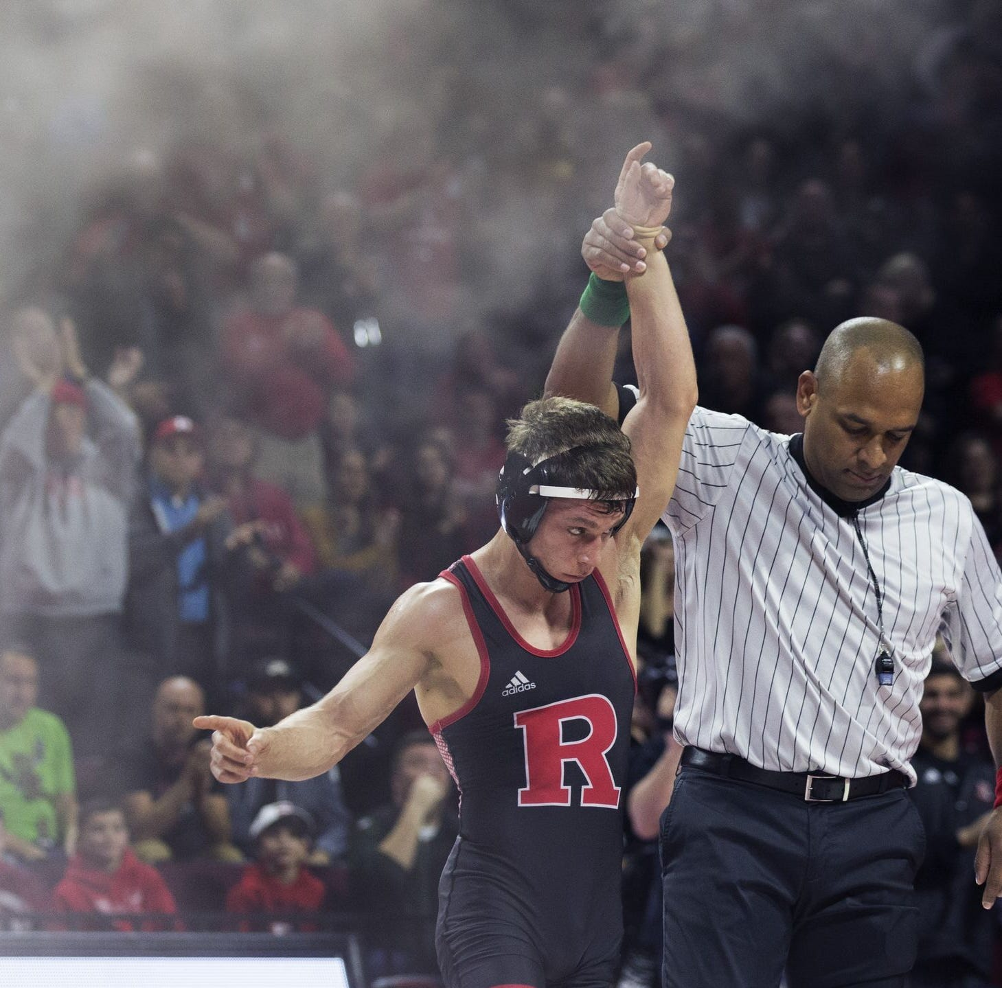Rutgers Wrestling: Nick Suriano moves up to 133 and begins season with a pin