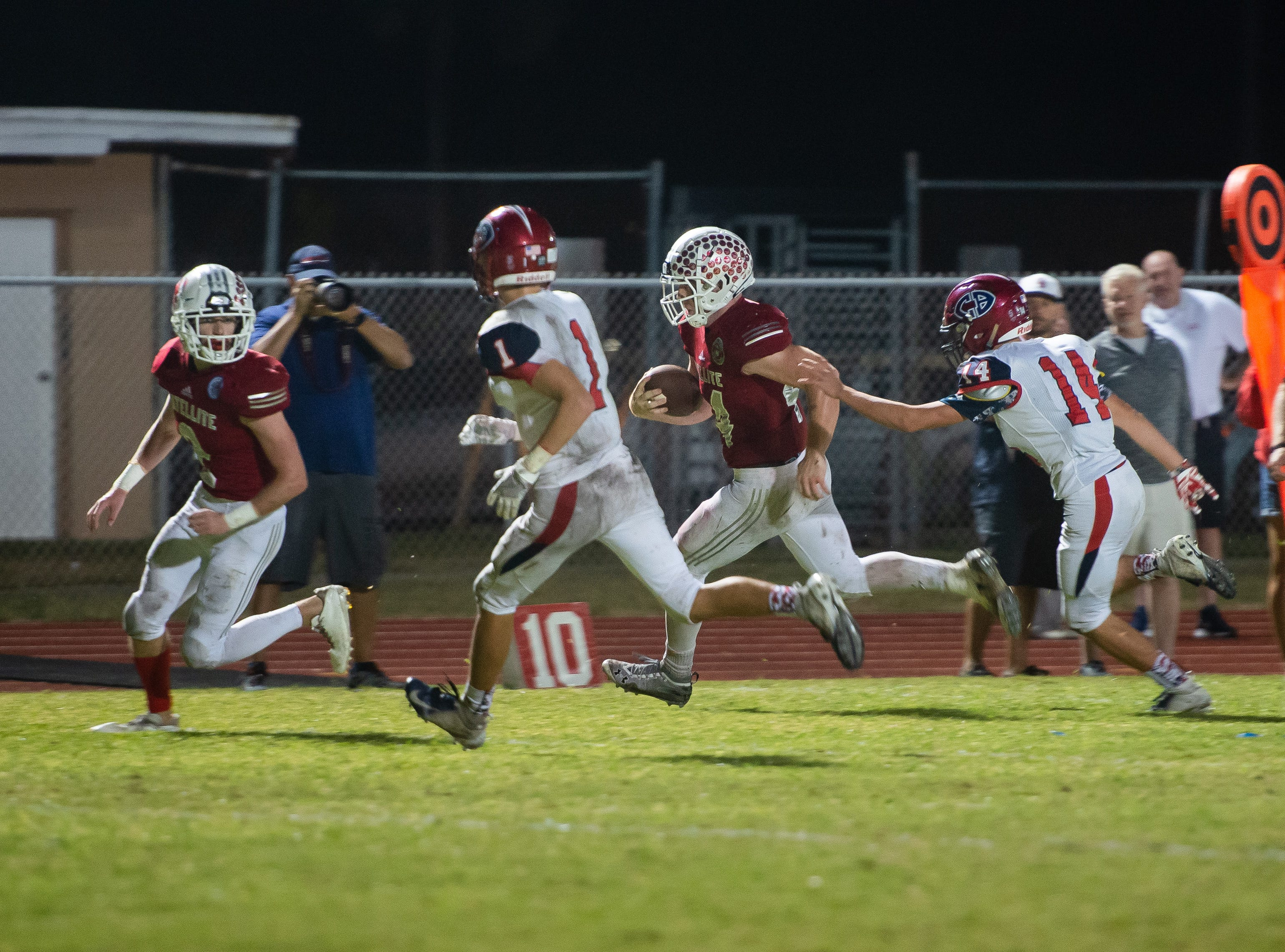 Satellite High's JD Arnold runs in for a touchdown against Cocoa Beach.