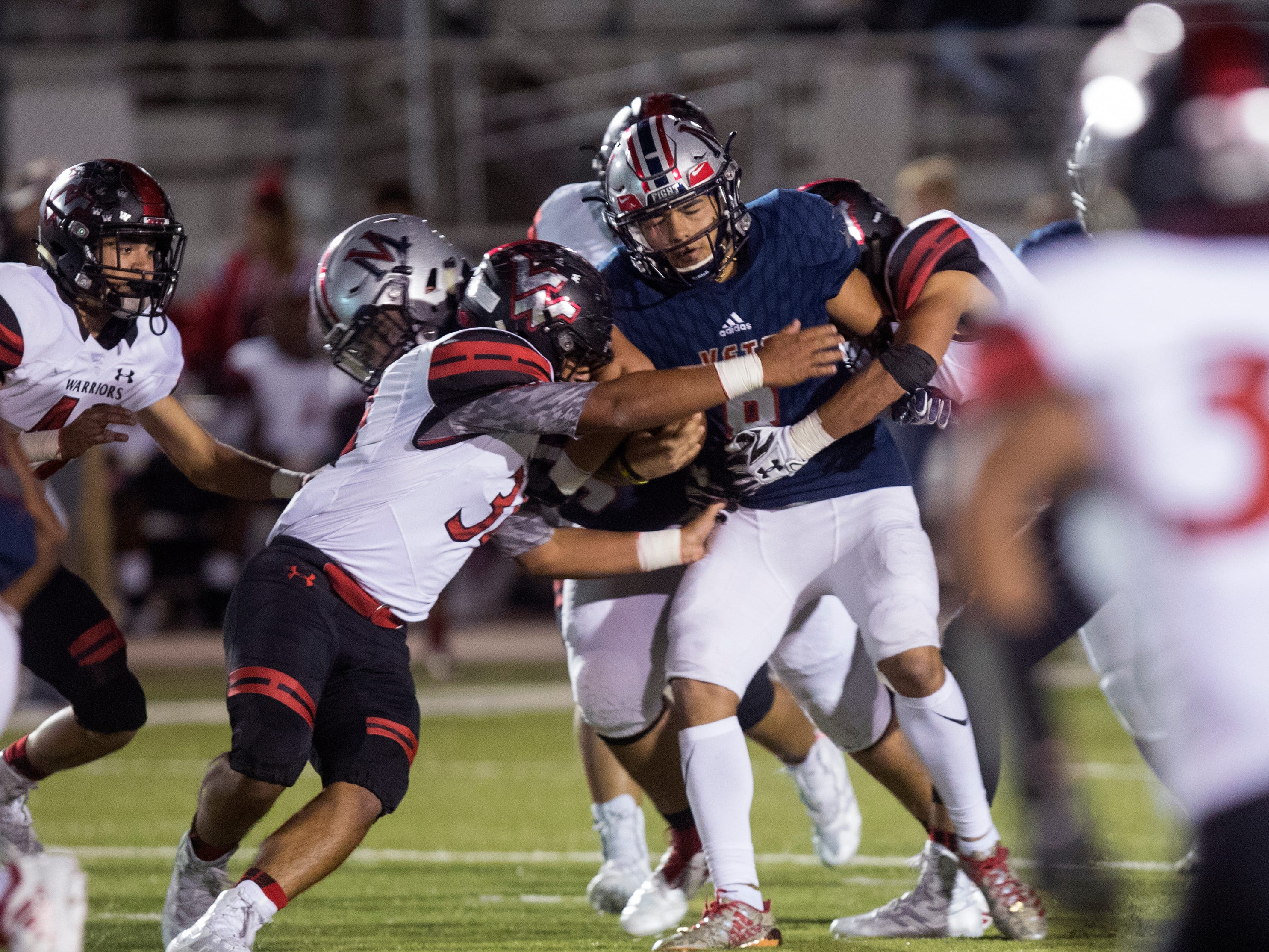 Veterans Memorial's David Soto runs the ball against Victoria West at Cabaniss Field on Friday, November 2, 2018.