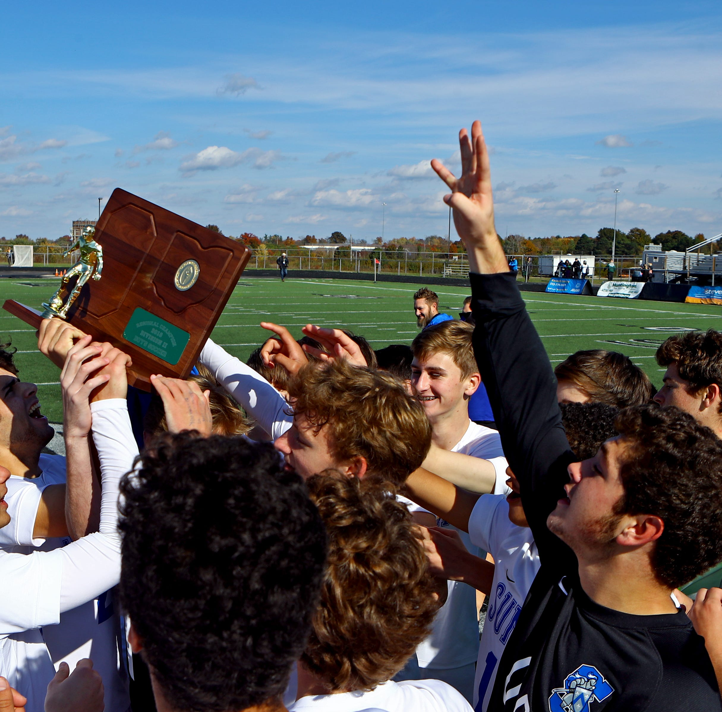 Summit Country Day downs McNicholas to make DII boys state soccer semifinals