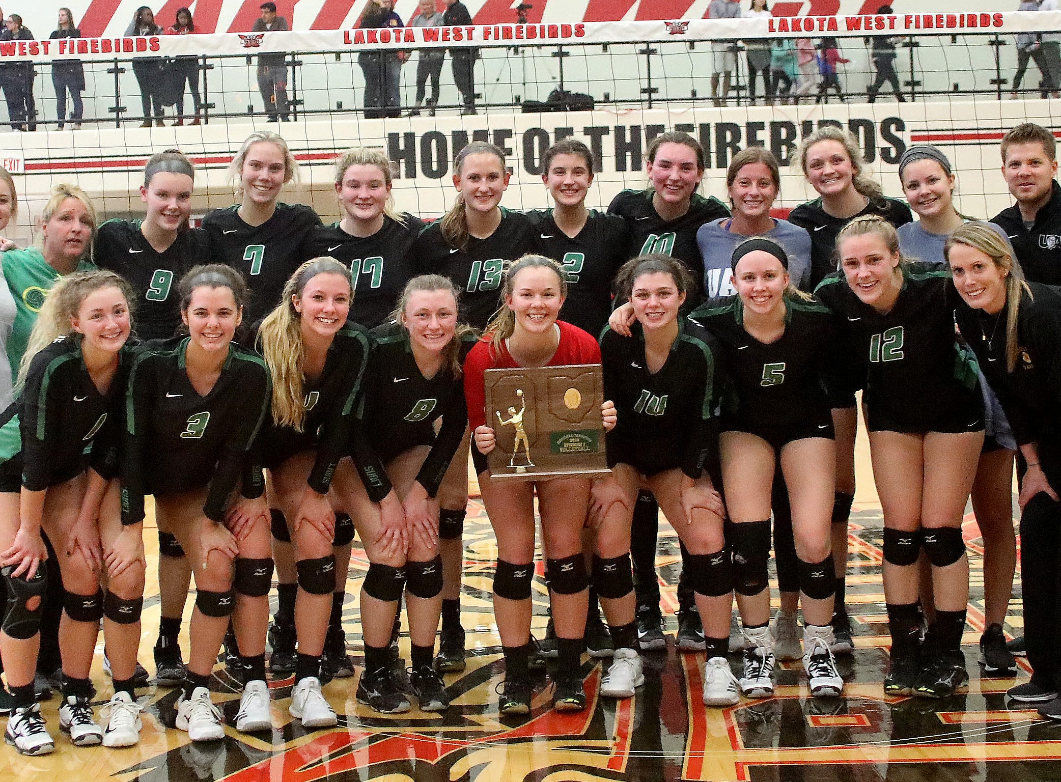 Ursuline Lions beat MND to win the regional championship and advance to state Saturday, Nov. 3, 2018.