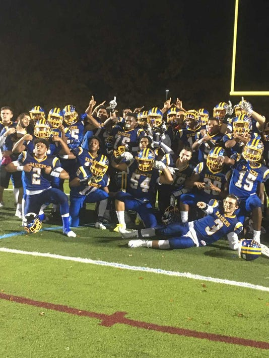 Fb 2018 North Brunswick Celebrates Playoff Win