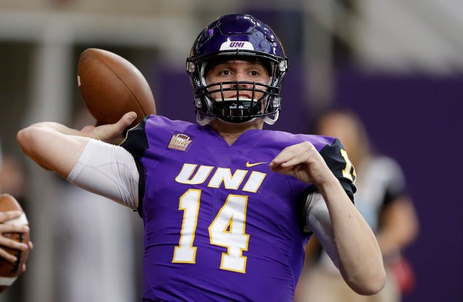 Needing a win to likely keep their playoff hopes alive, quarterback Eli Dunne and the Panthers toppled Illinois State Saturday at the UNI-Dome in Cedar Falls.