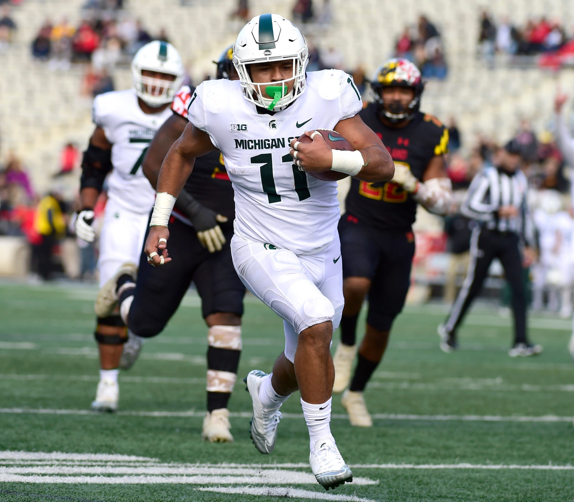 Michigan State running back Connor Heyward rushes for a touchdown during the first quarter against Maryland on Saturday, Nov. 3, 2018, at Capital One Field at Maryland Stadium.