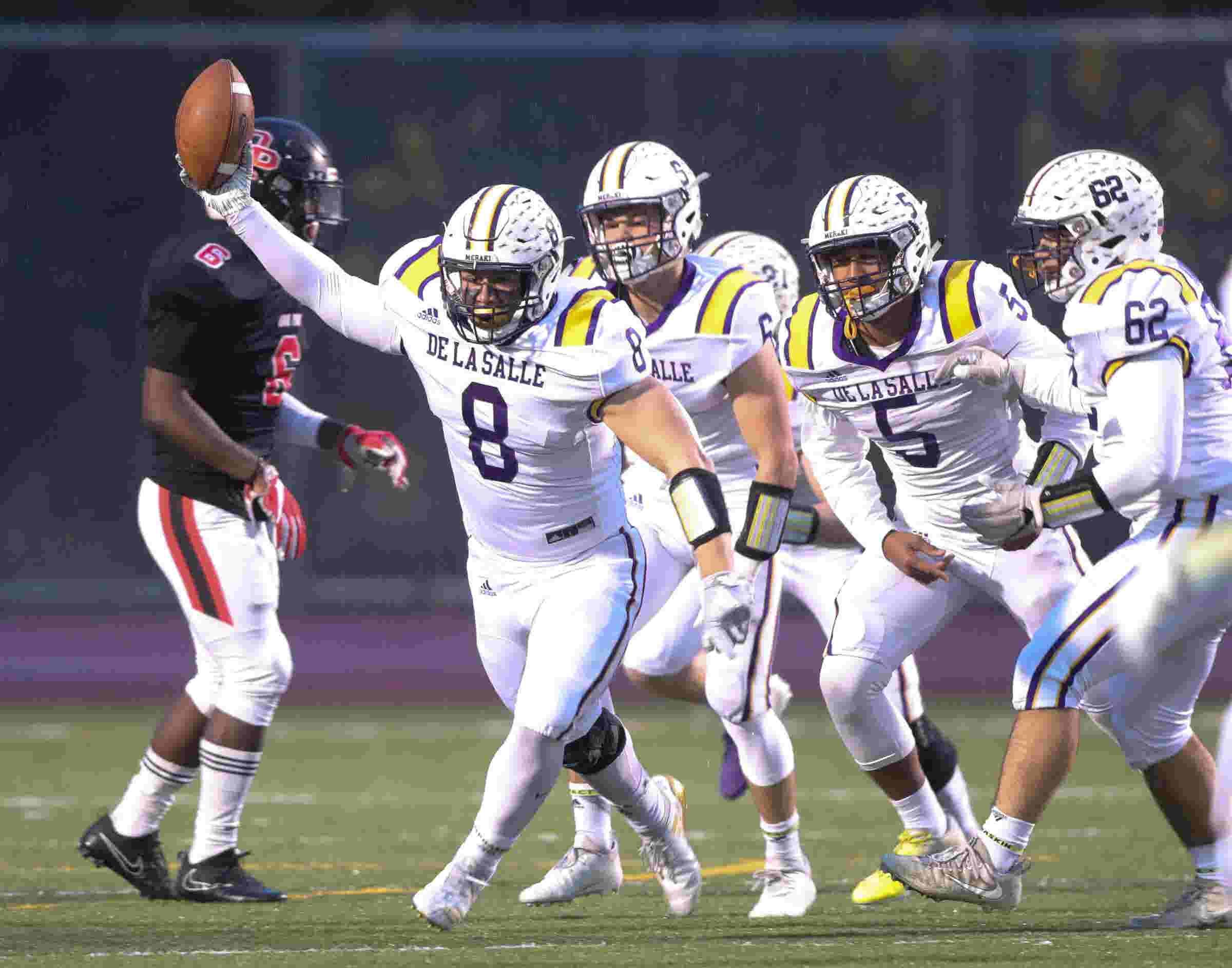 Michigan high school football playoffs: Warren De La Salle-Oak Park  highlights