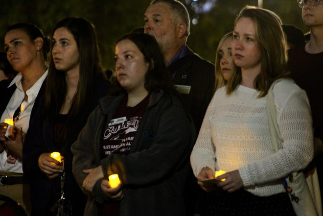 FSU students gather on Langford Green to honor the victims of the Pittsburgh synagogue massacre.