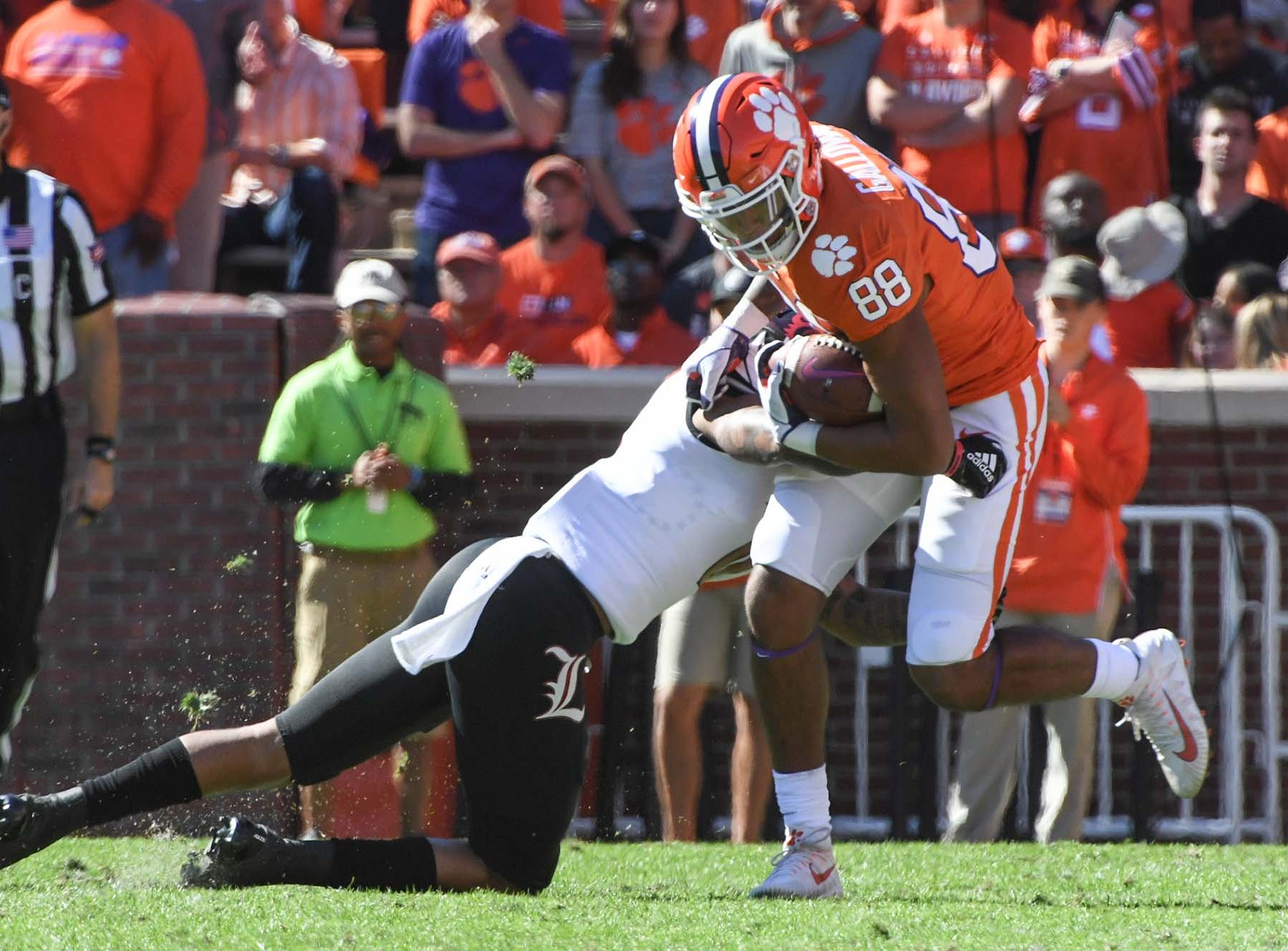 Clemson tight end Braden Galloway (88) gets a reception against Louisville during the first quarter in Memorial Stadium on Saturday, November 3, 2018.