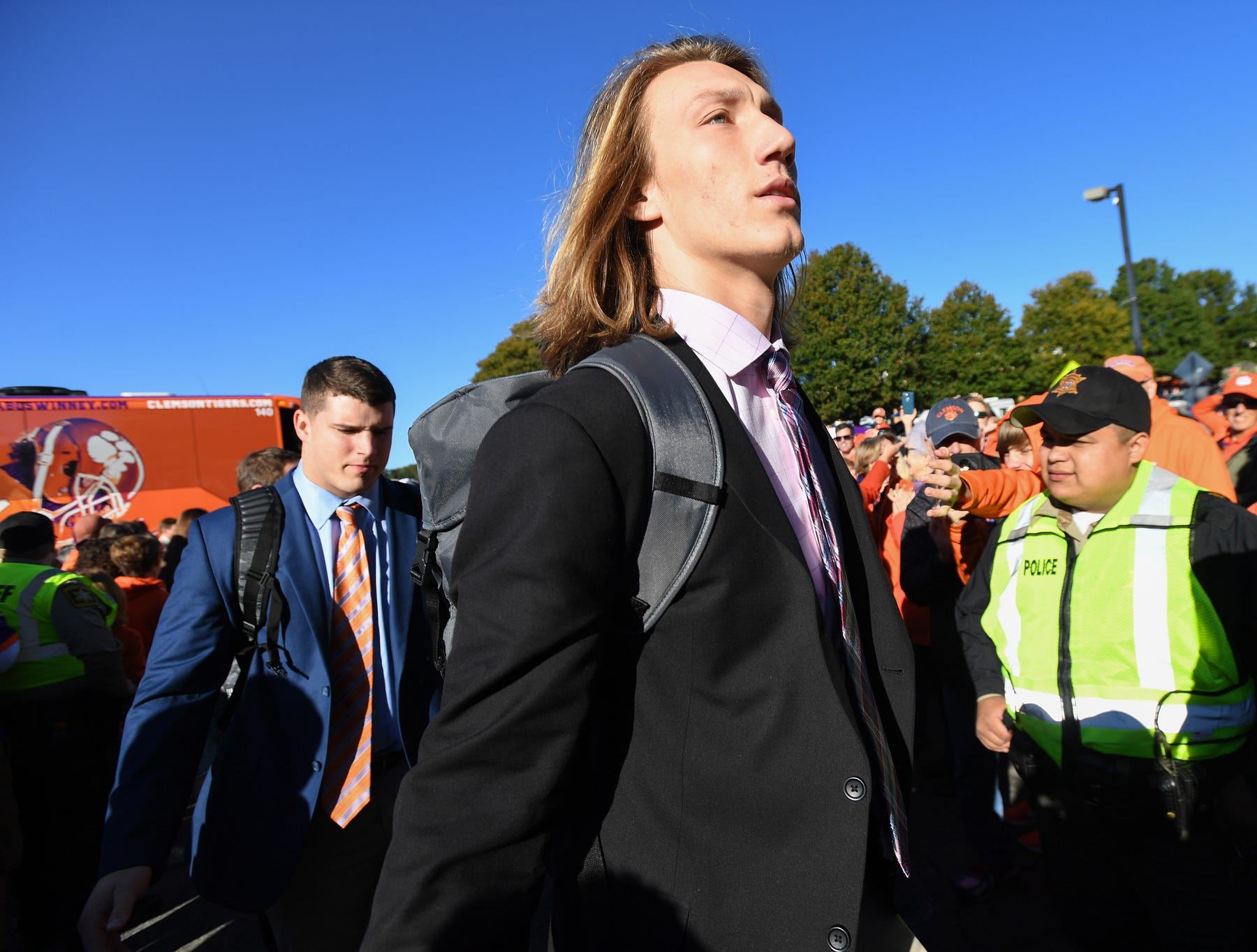 Why Clemson football's Trevor Lawrence will be a better playoff QB than  Alabama's Tua Tagovailoa