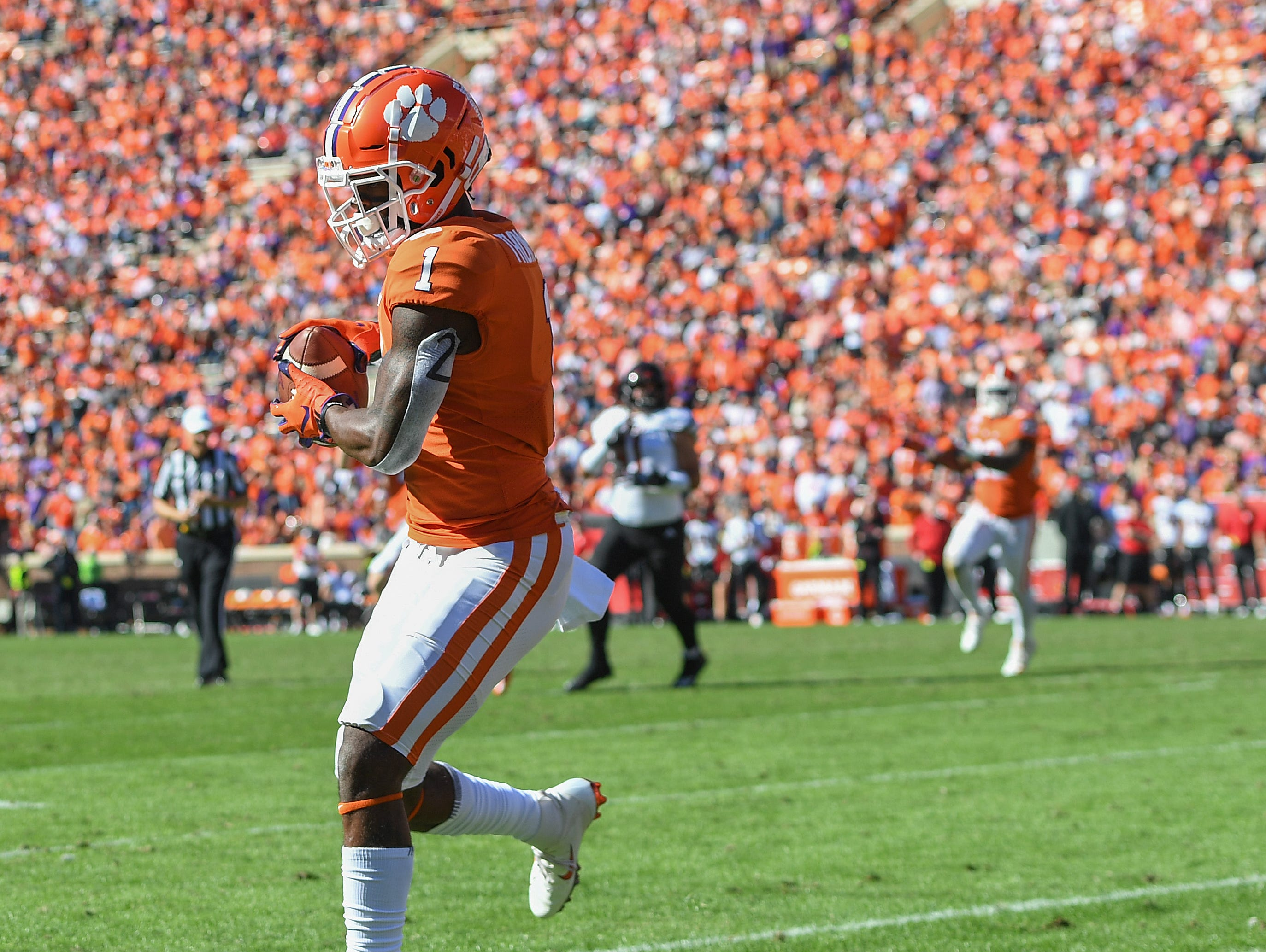 Clemson wide receiver Trevion Thompson (1) catches a TD against Louisville during the 3rd quarter Saturday, November 3, 2018 at Clemson's Memorial Stadium.