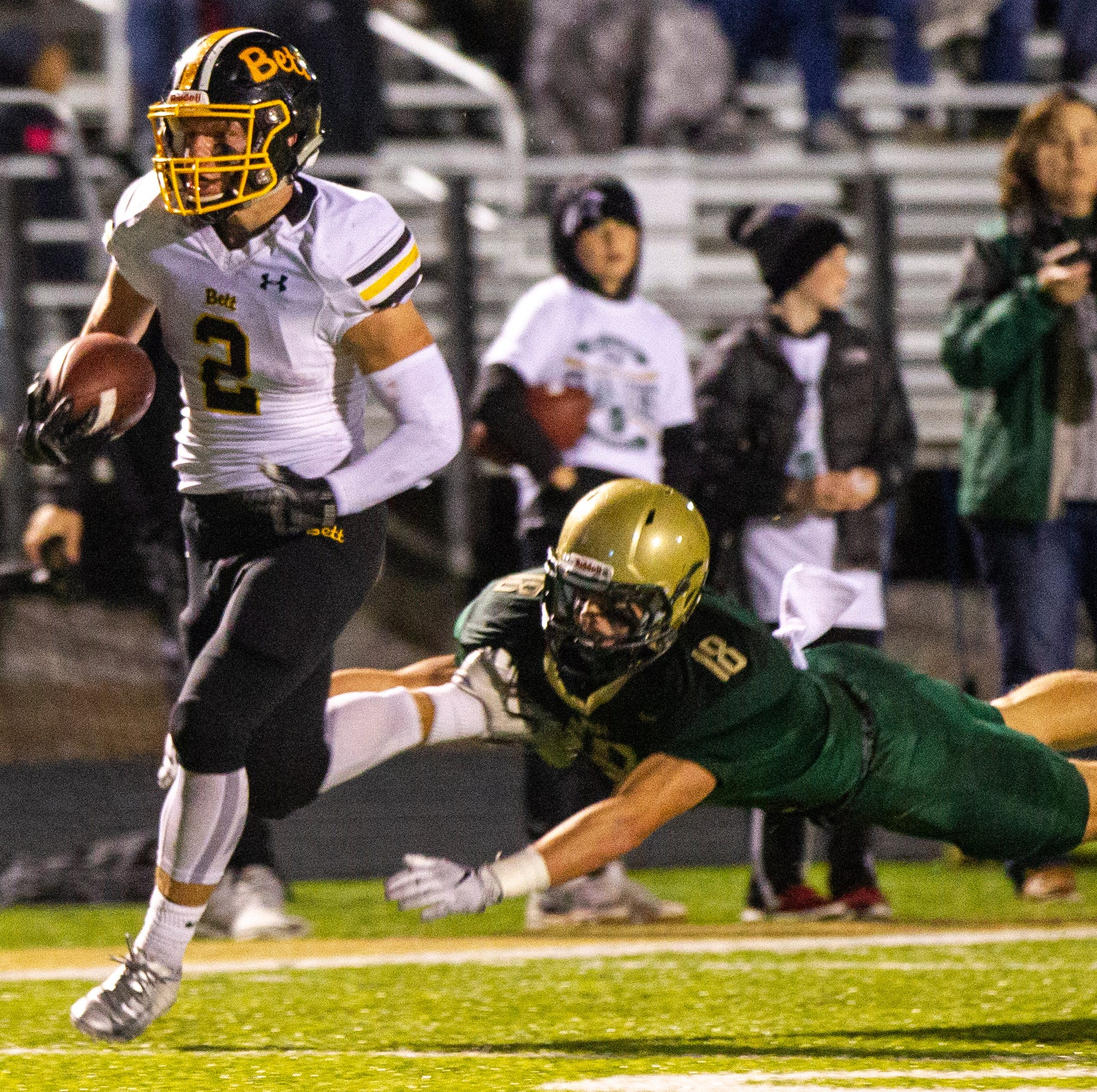 Iowa high school football: What we learned from Bettendorf's quarterfinal win over Iowa City West