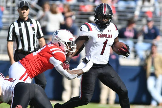 Ncaa Football South Carolina At Mississippi