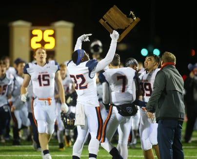 Harrison celebrates its first sectional title since 1994.