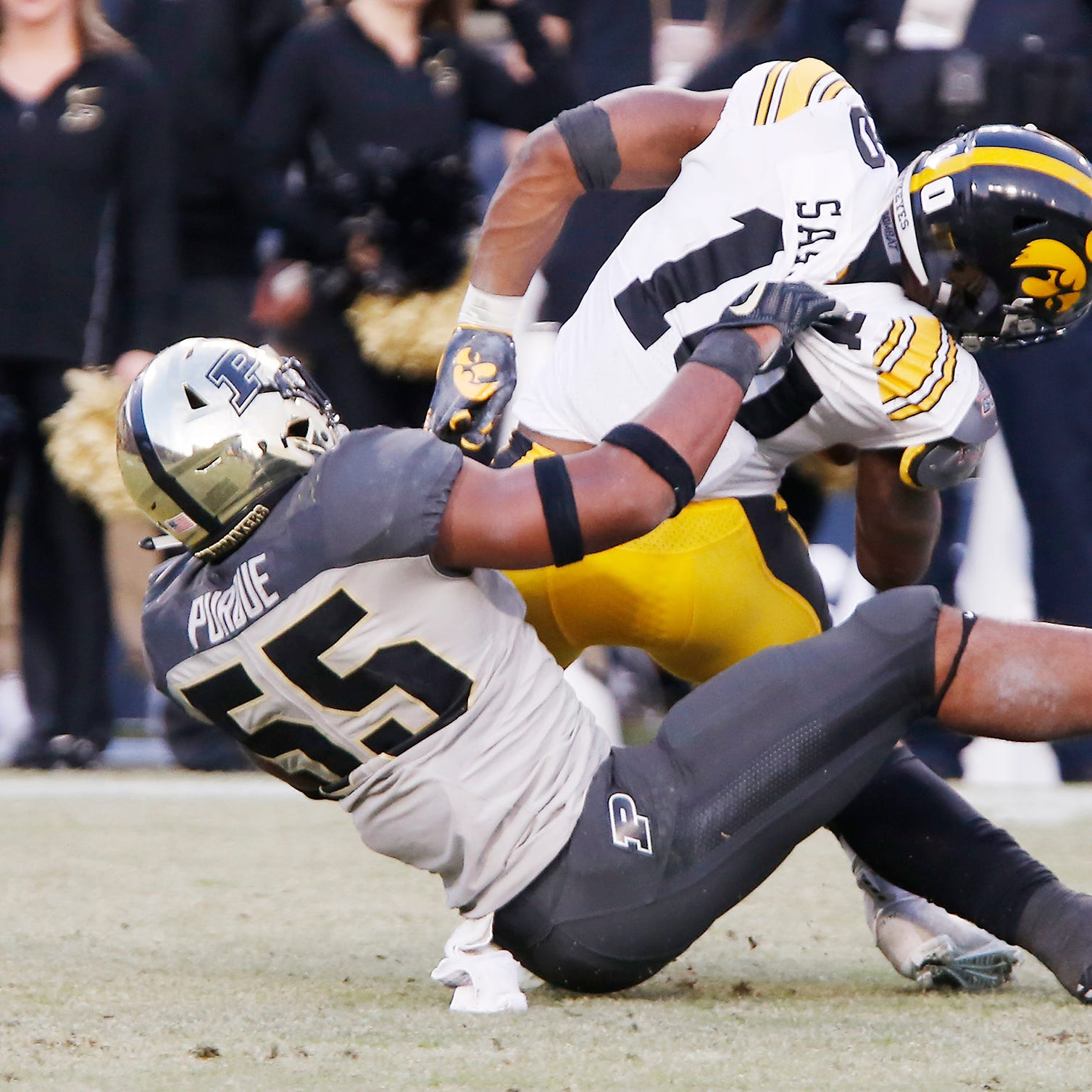 Purdue linebacker Derrick Barnes moving to pass rushing spot for bowl game