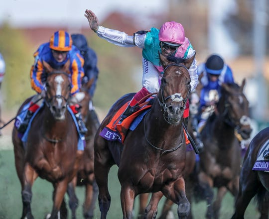Expert Eye with Frankie Dettori wins the Breeders' Cup Mile.November 3, 2018
