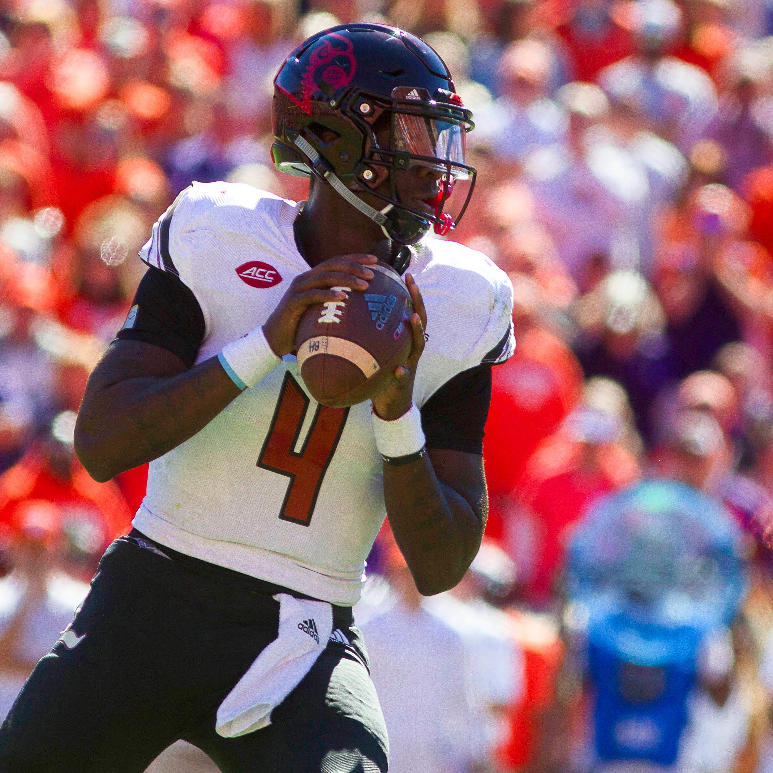 Louisville suspends Jawon Pass for first quarter, 2 others Saturday