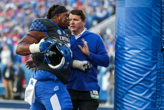 Kentucky Football | Darius West, Bunchy Stallings ejected
