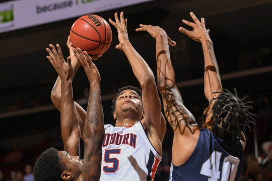 Auburn forward Chuma Okeke (5) goes up for a shot against Lincoln Memorial University on Friday, November 2, 2018, in Auburn, Ala.