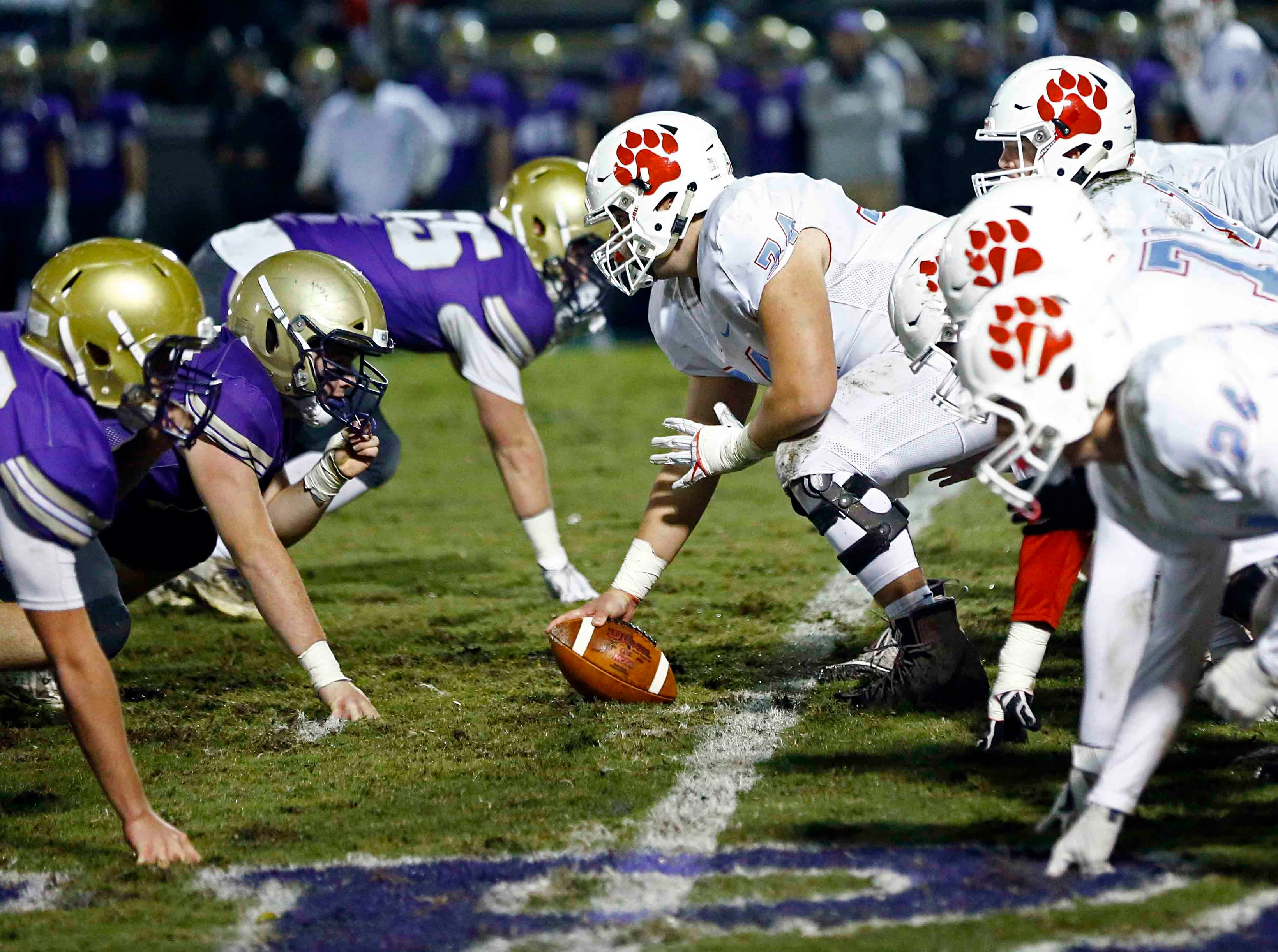 CPA, left, lines up against USJ during their game Friday, Nov. 2, 2018, in Nashville, Tenn.