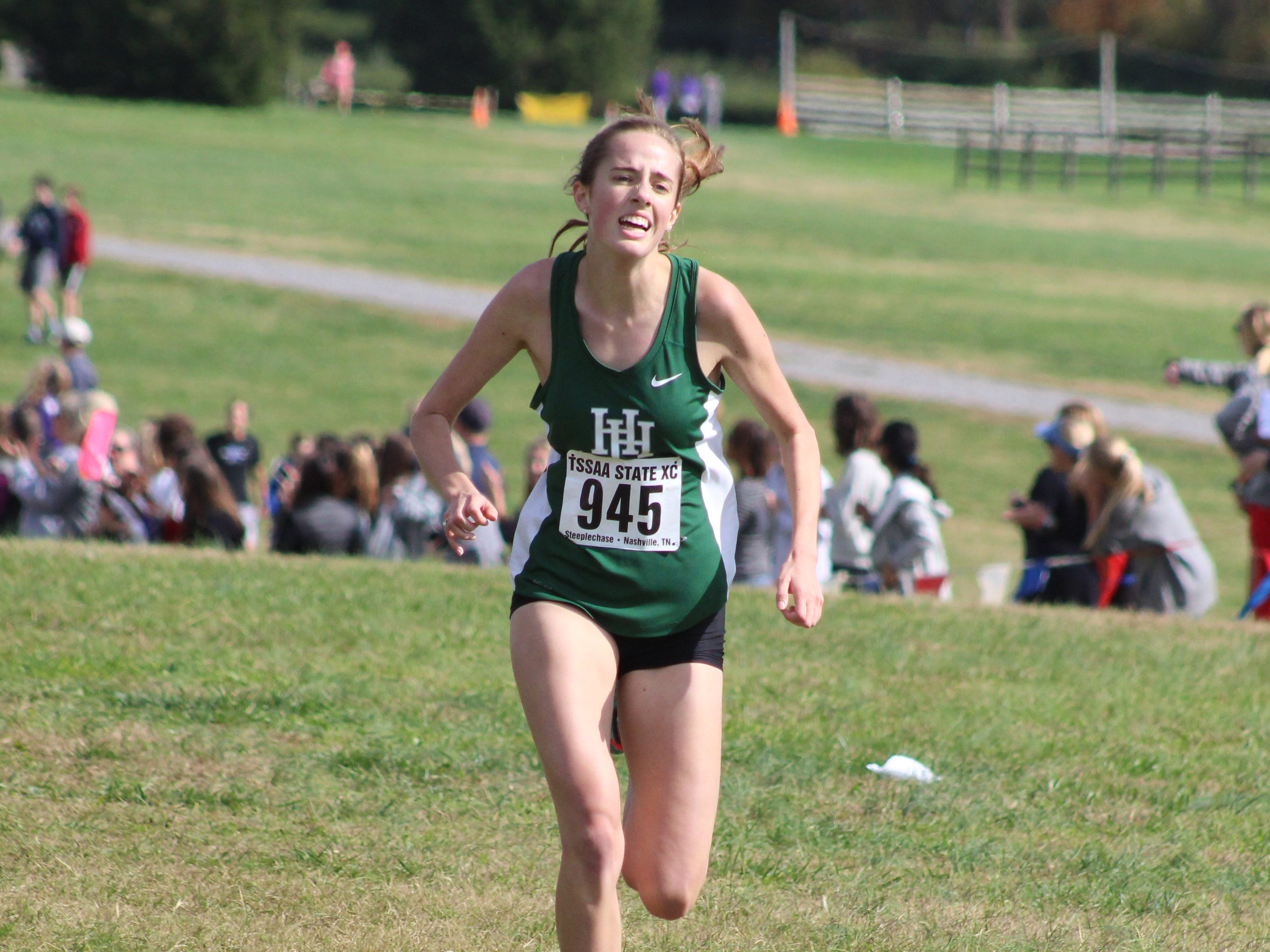 Harpeth Hall's Alexa Anderson finished sixthin 20:31.47 in the TSSAA Division II-AA girls cross country state championship on Saturday at Percy Warner Park.