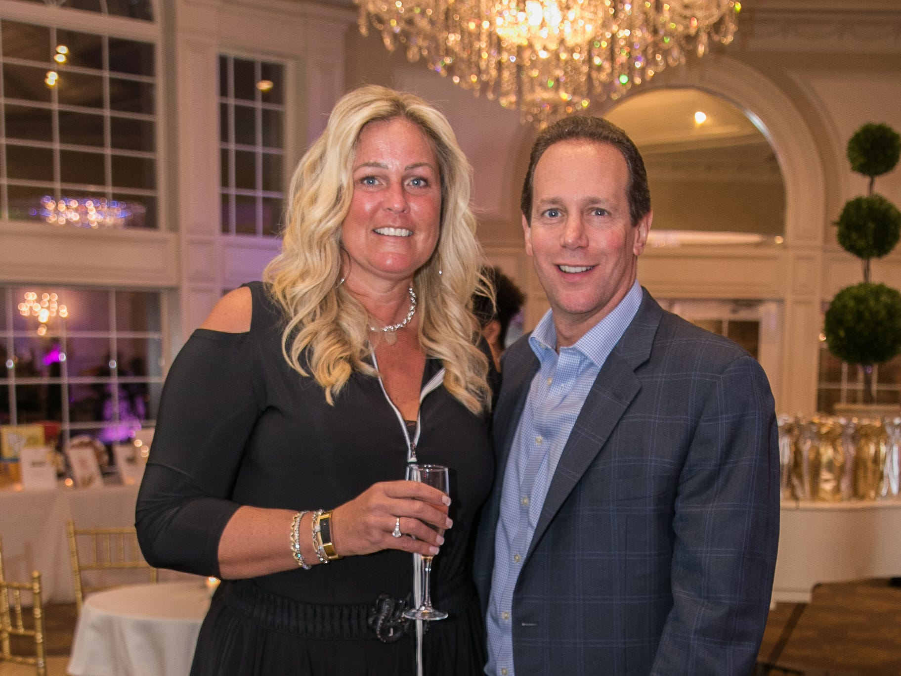 Jennifer and Alan Mittleman. Bergen Family Center celebrated 120 years of service with dinner and a silent auction at Th e Rockleigh Country Club.11/1/2018