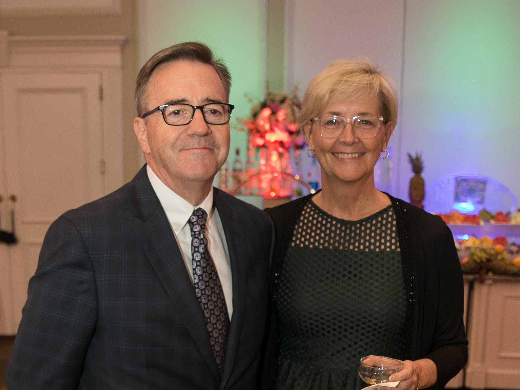 Tim and Jenny Regan. Bergen Family Center celebrated 120 years of service with dinner and a silent auction at Th e Rockleigh Country Club.11/1/2018
