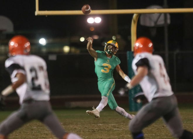 Donny Fitzgerald throws for Coachella Valley against Chaffey, November 2, 2018.