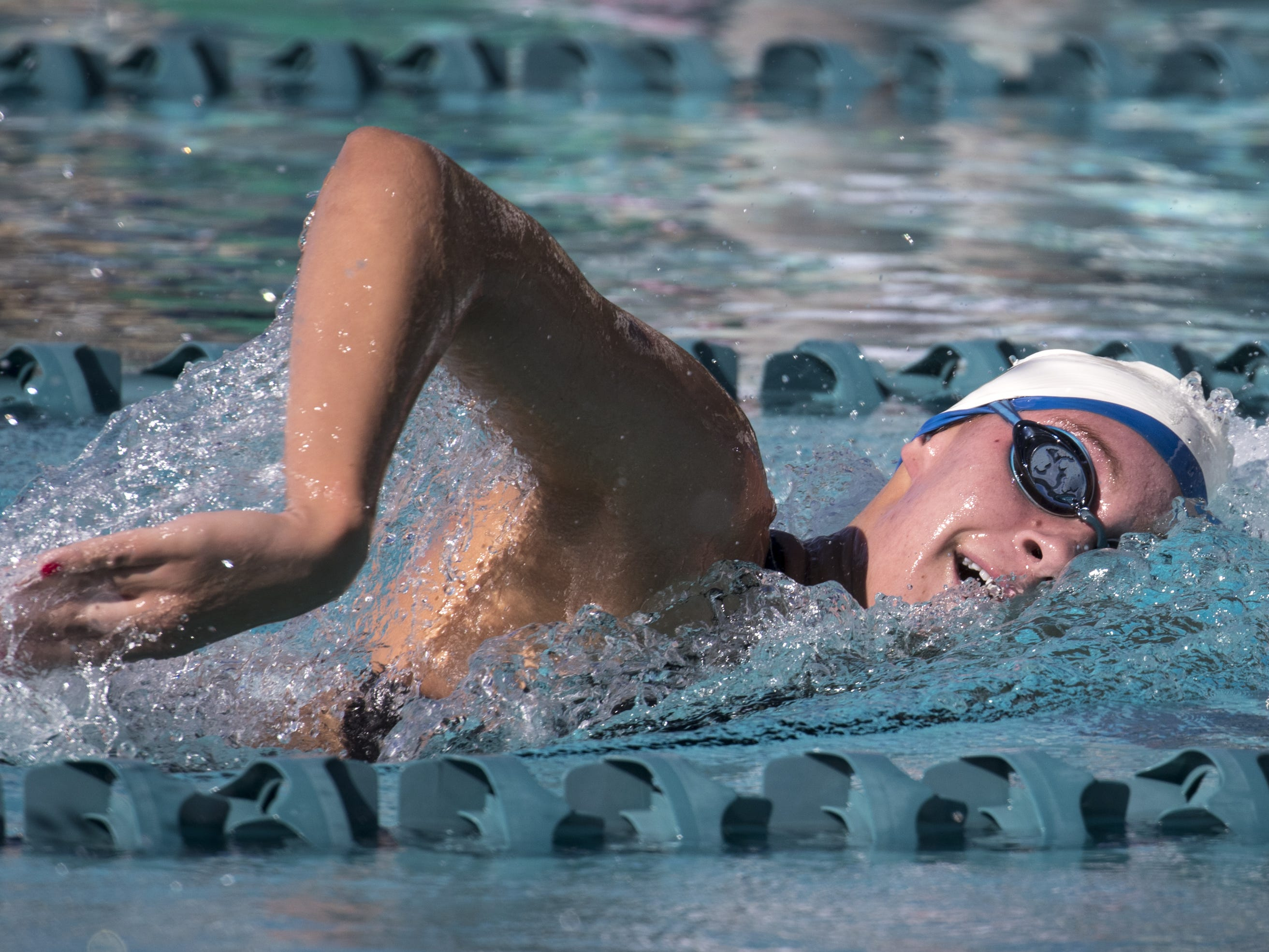 Sydney Carlson (Arcadia) swims the 500 Freestyle, November 3, 2018, during the AIA Division II state swimming finals at the Skyline Aquatic Center, Mesa. Carlson won the event.