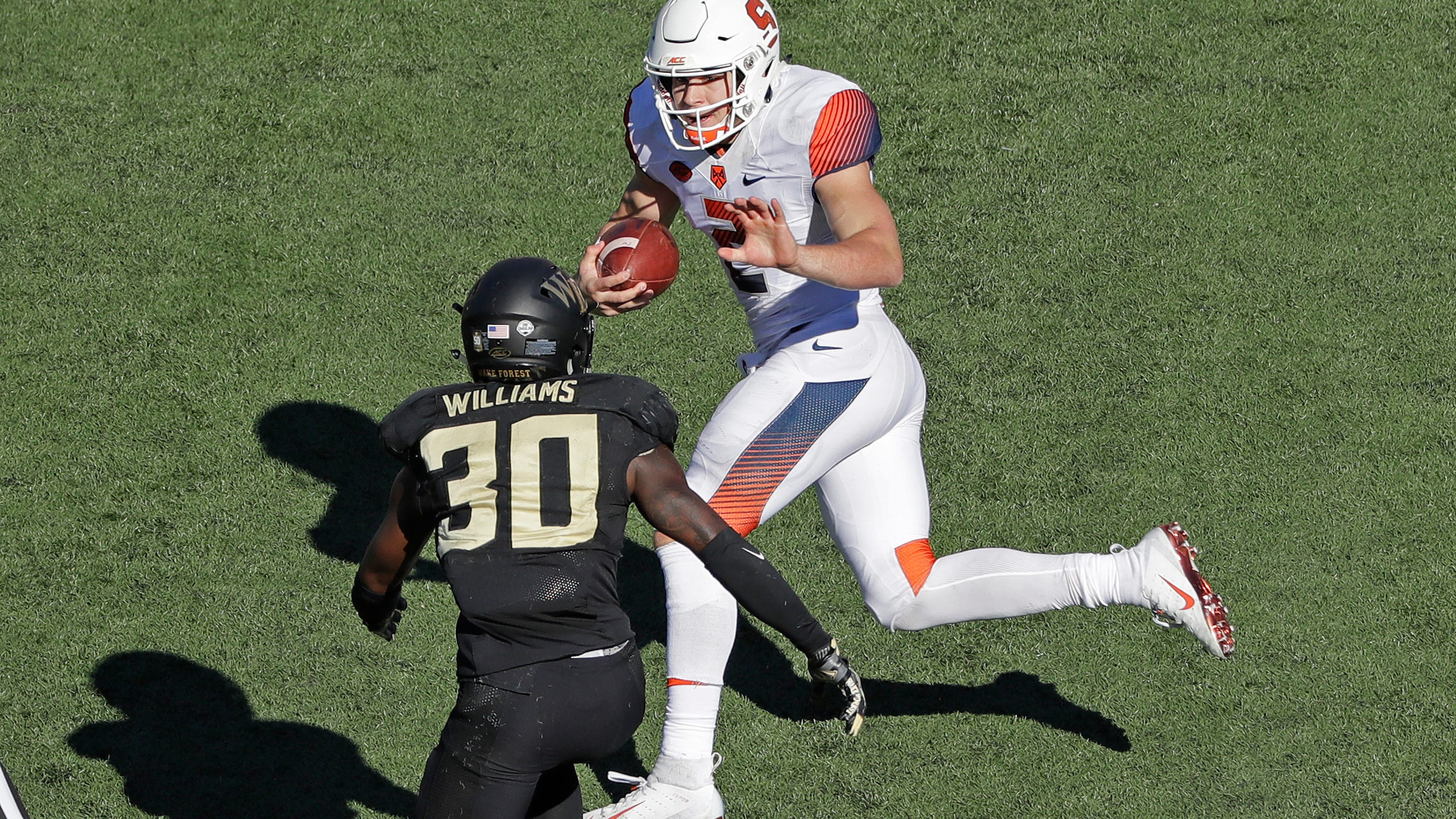 fa8d495f7 Syracuse football  Eric Dungey leads Orange to win over Wake Forest