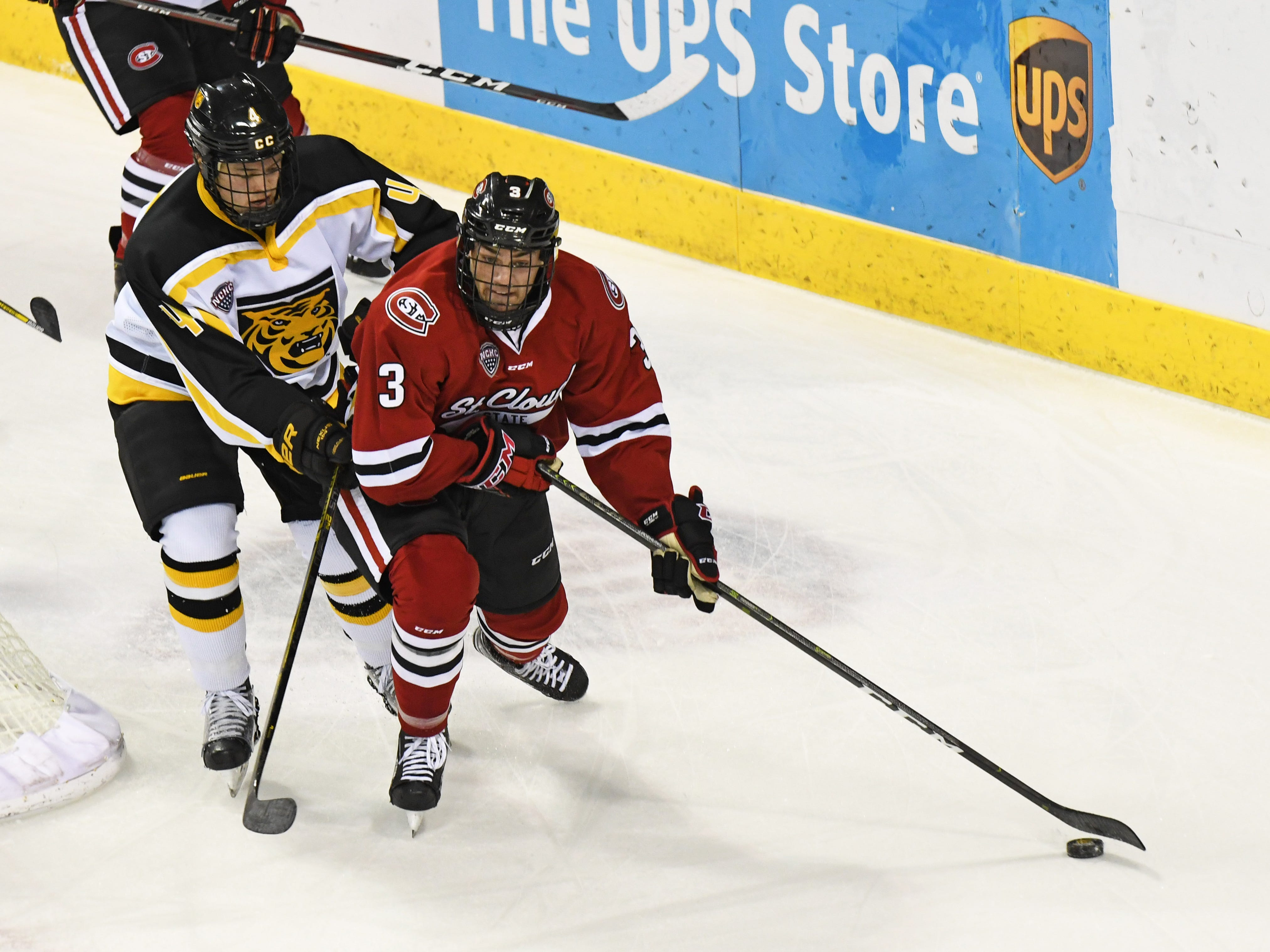 SCSU comes back from 2-goal deficit, beats Colorado College