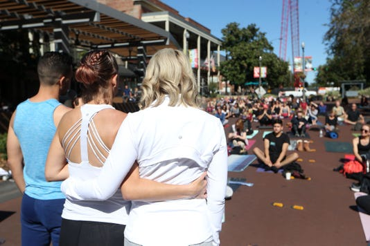 Yoga For A Cause473