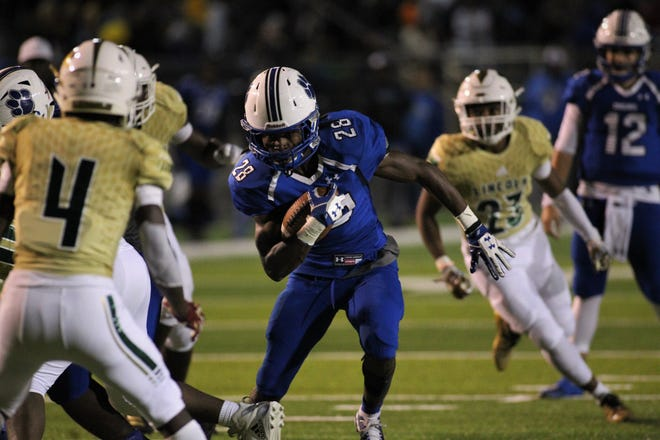 Godby running back Tyrique Paramore heads towards the end zone as Godby defeated Lincoln 34-24 at Gene Cox Stadium on Friday, Nov. 2, 2018.