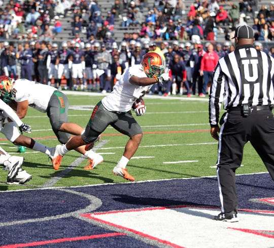 FAMU wide receiver Azende Rey crosses the goal line in the first quarter versus Howard on Nov. 3, 2018. He scored a rushing and receiving touchdown.