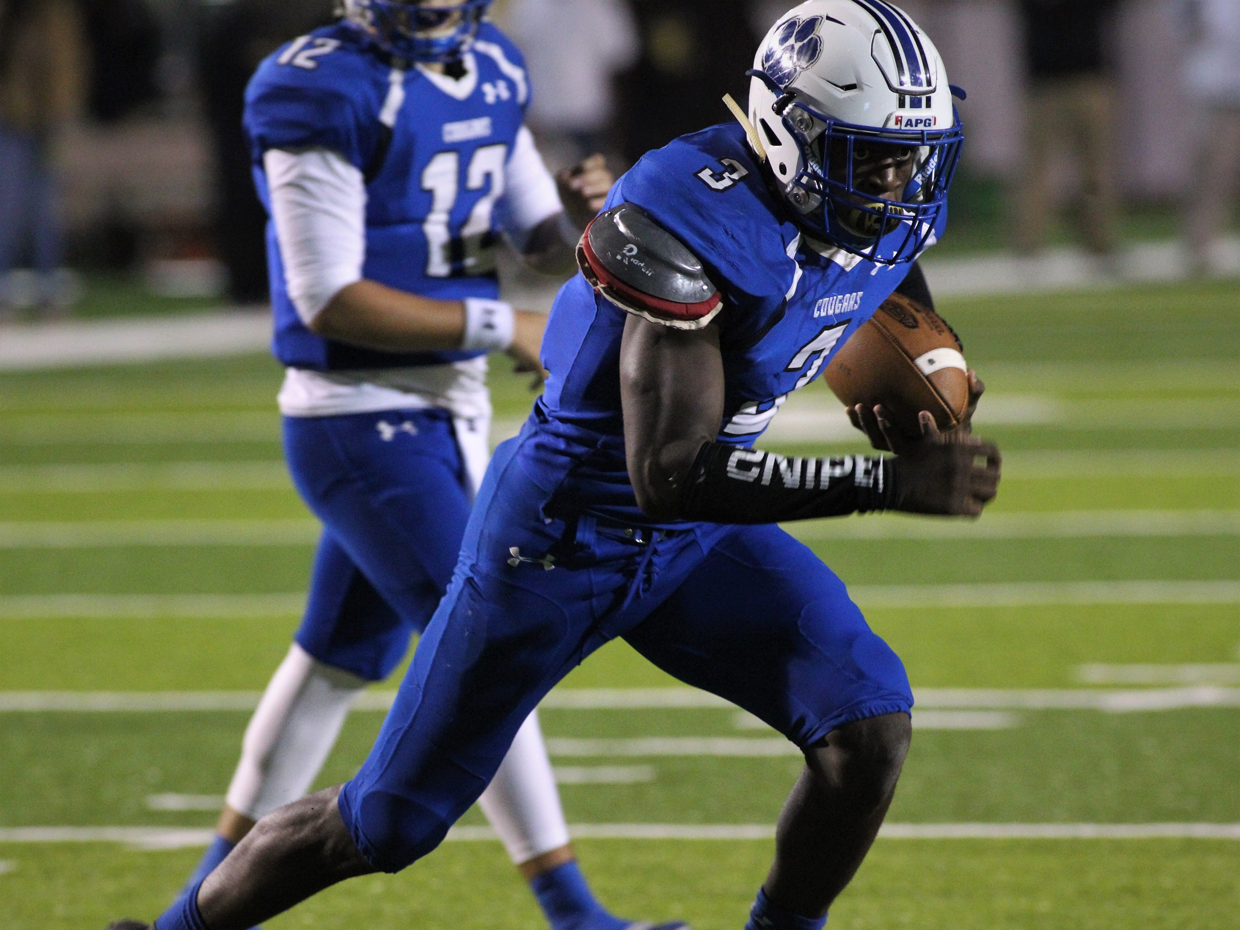 Godby running back Jaquez Yant heads towards the end zone as Godby defeated Lincoln 34-24 at Gene Cox Stadium on Friday, Nov. 2, 2018.