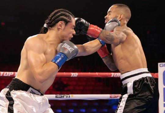 El Pasoan Zach Prieto knocks out Michael Andrews of Hobbs, New Mexico in 45 seconds.