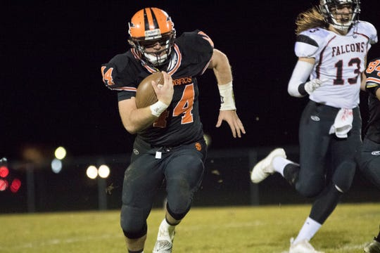 Iola-Scandinavia advanced to the state semifinals for the second straight season with a 41-28 victory over Abbotsford on Friday night at Thunderbird Field.
