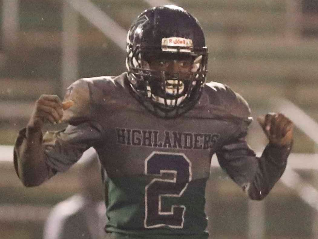 McKean's DeVon Taylor reacts after the Highlanders got a turnover during Mount Pleasant's 17-6 win at McKean Friday.