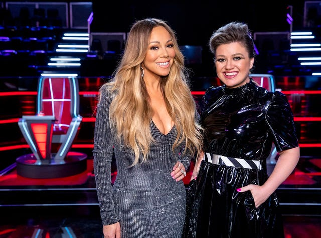 Kelly Clarkson: Mariah Carey was no 'Voice' diva, suffered
