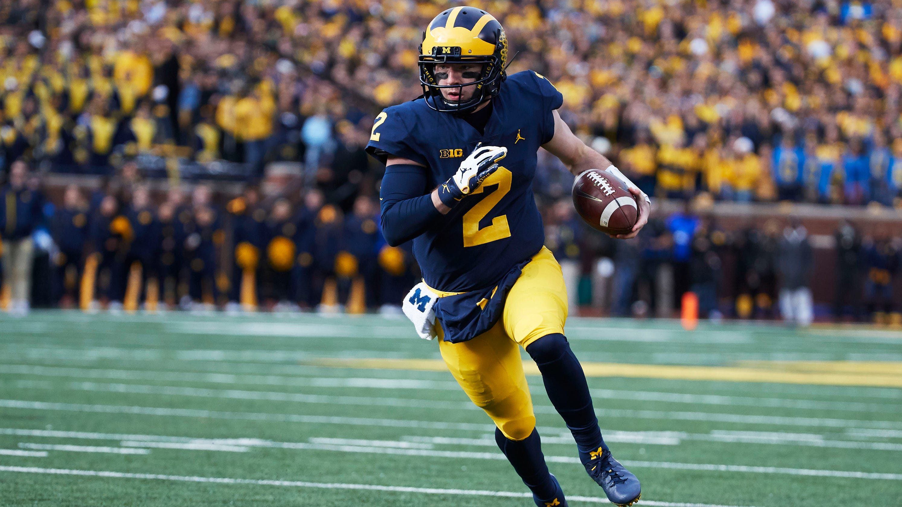 Bowl projections: Michigan joins College Football Playoff ...
