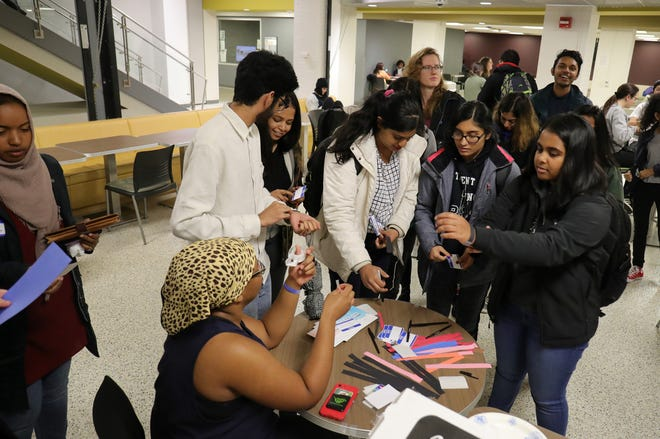 Wayne State students sign up for a voting seminar held by NextGen at the Wayne State Student Center in Detroit on Thursday, September 1, 2018.