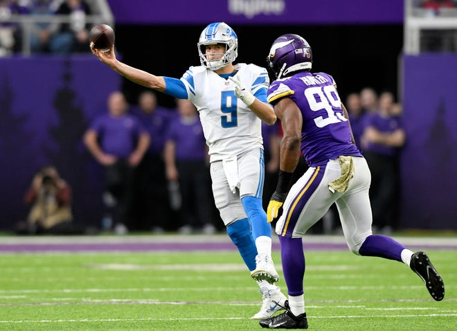 Lions quarterback Matthew Stafford passes the ball in the first quarter on Sunday, Nov. 4, 2018, in Minneapolis.
